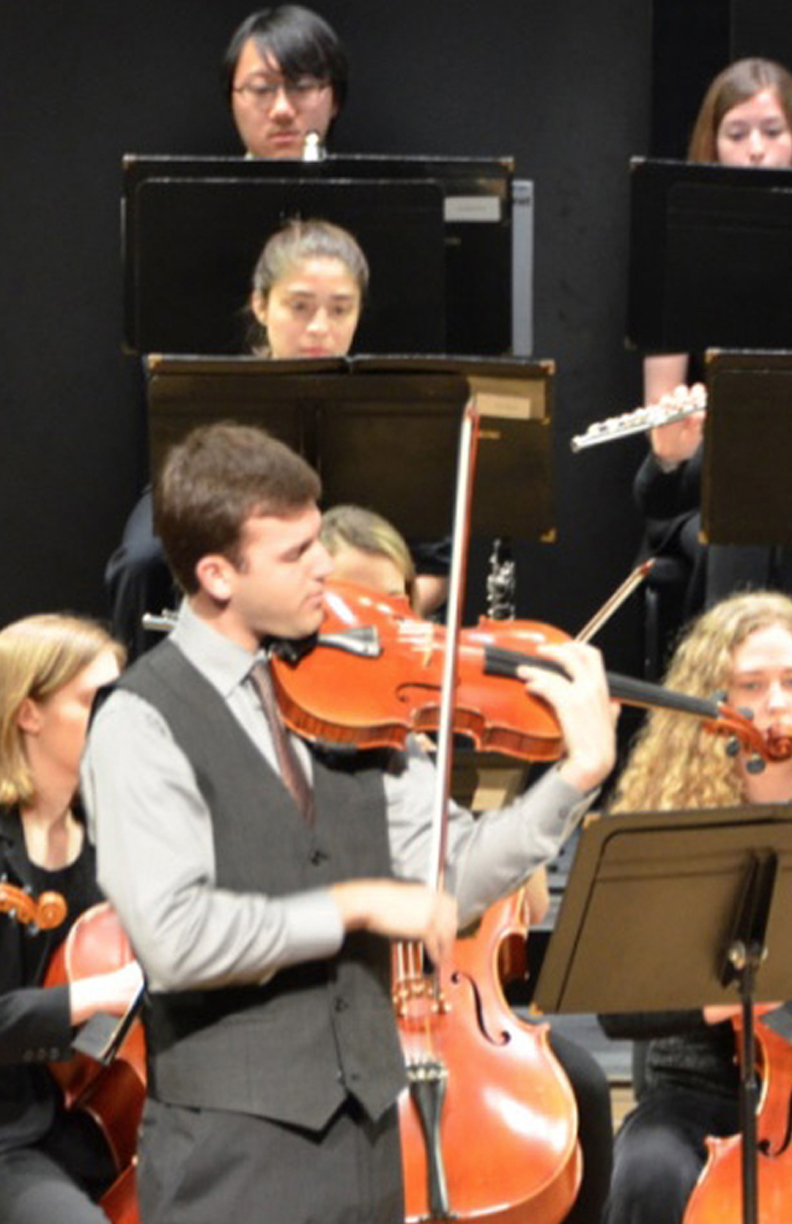 image of orchestra performing