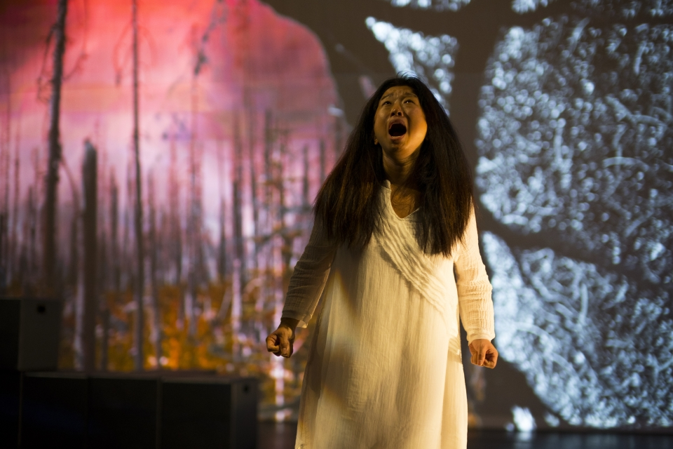 "Hong continues to perform while the backdrop changes in ""On the Threshold of Winter."""